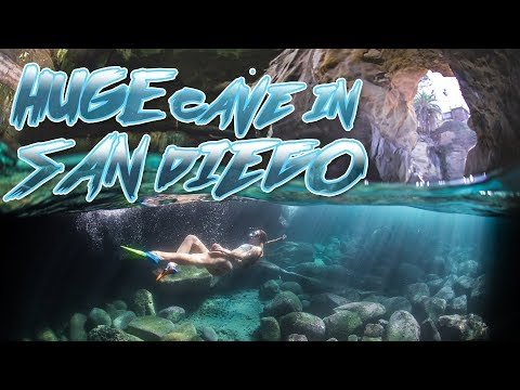 Exploring a MASSIVE cave near La Jolla Cove, San Diego