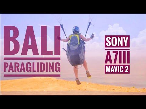 "Bali Paragliding Uluwatu ""the Parawaiting"""