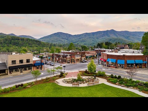 "Experience Black Mountain, NC: ""America's Prettiest Small Town"""