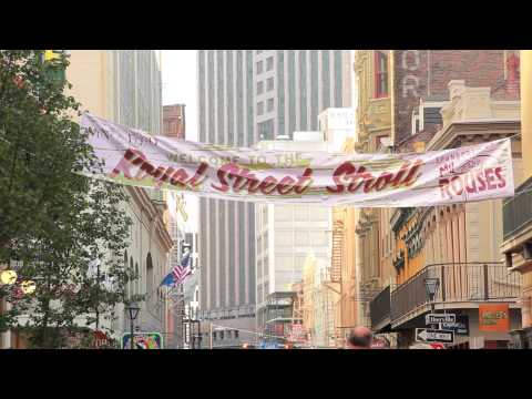 New Orleans Wine and Food Experience: Royal Street Stroll