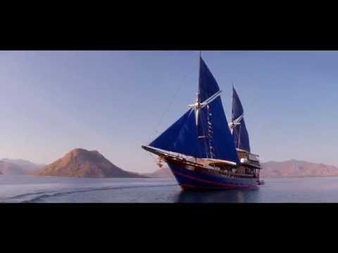 "Moana Cruising | ""Happy"" | A Komodo Liveaboard in Indonesia"