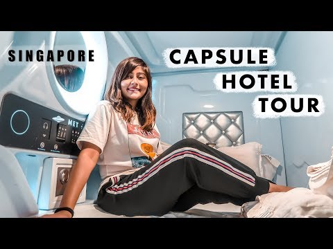 SPACE POD EXPERIENCE | Singapore Capsule Hotel Tour: Rs. 2500 /Night!