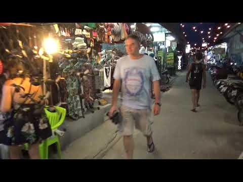 SAIREE AT NIGHT - KOH TAO, BEAUTIFUL THAILAND