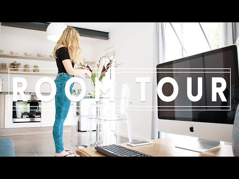 Cape Town Airbnb Room Tour - Where to stay in Cape Town, South Africa.
