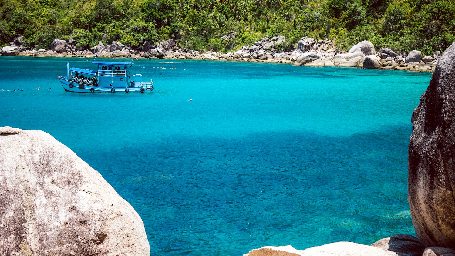 Mango Bay - Places to visit on Koh Tao, Thailand