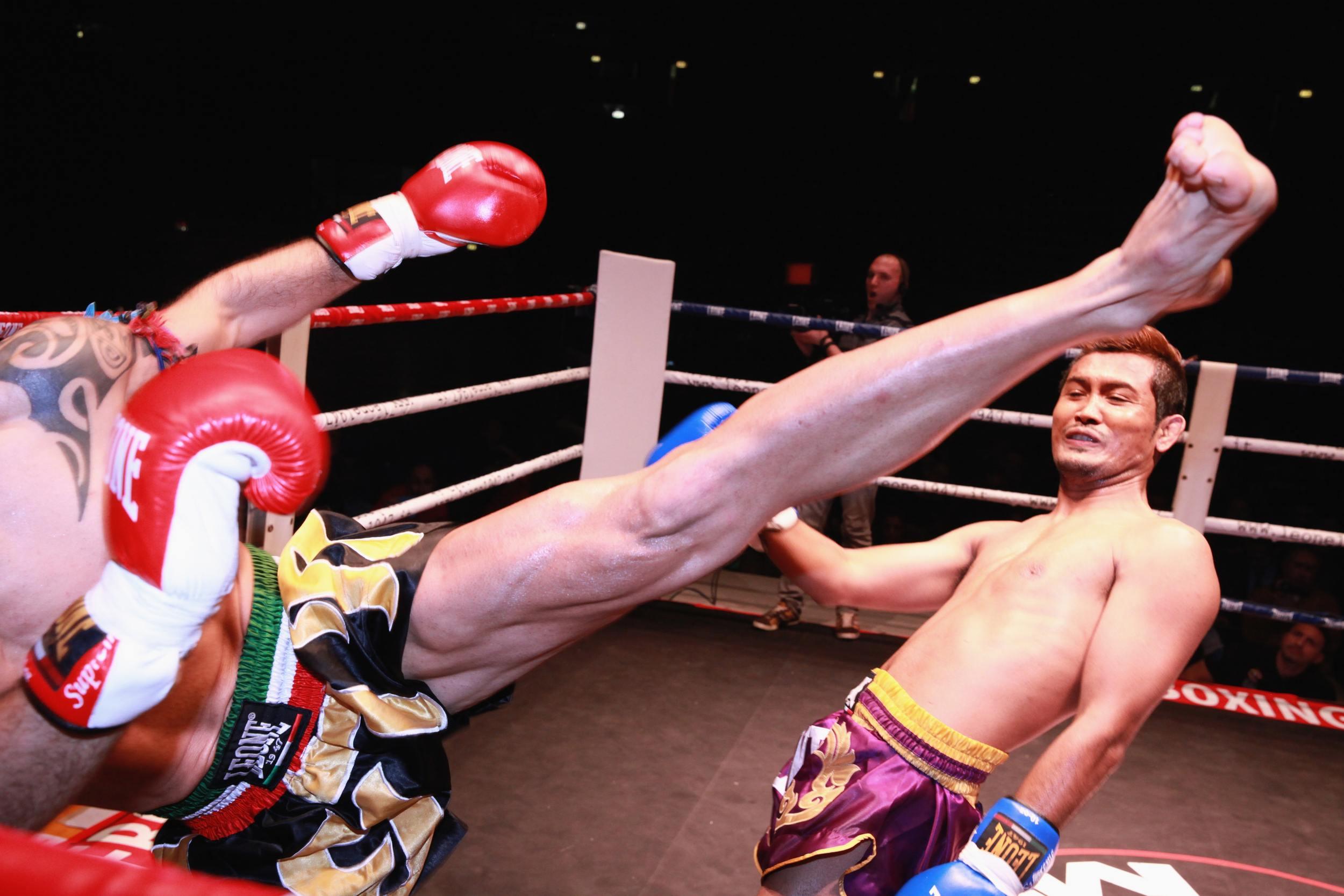 Muay Thai Kickboxing - Koh Tao, Thailand