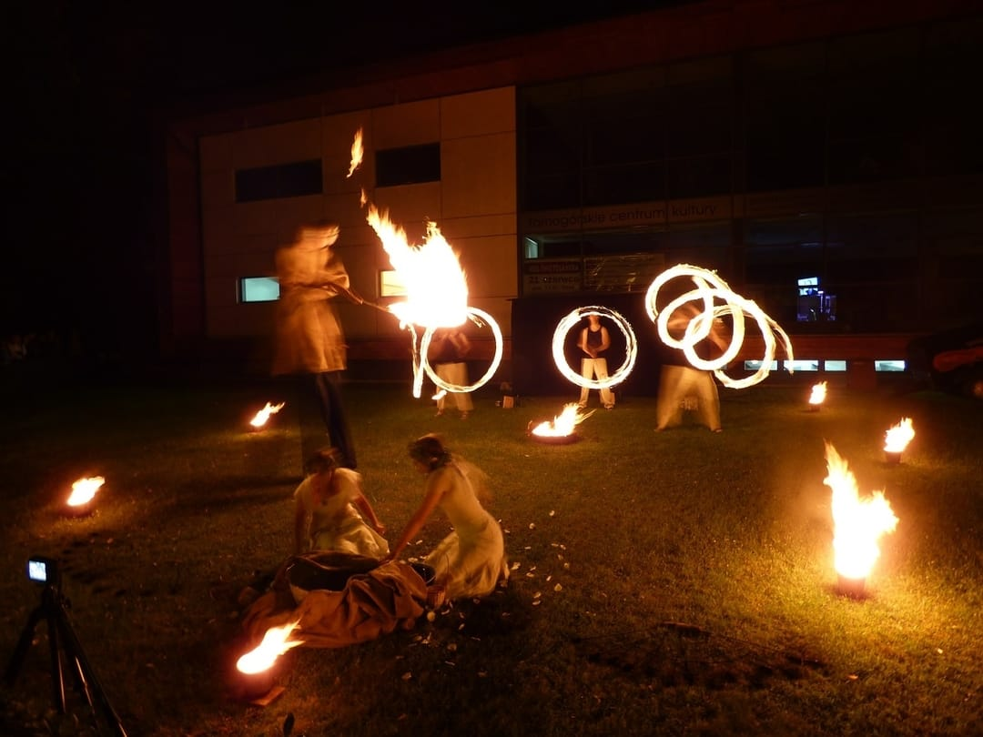 Thailand Fire Dancing - Things to do on Koh Tao