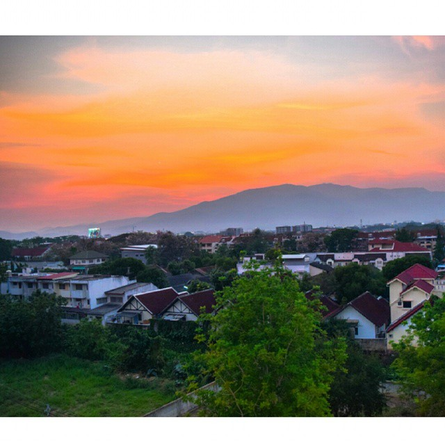 Renting that apartment in Chiang Mai for the month was a solid decision. I loved the city, songkran was amazing, and watching different versions of this sunset from my balcony every evening was incredible. Ill miss Northern Thailand, but im pretty sure ill be back there soon.