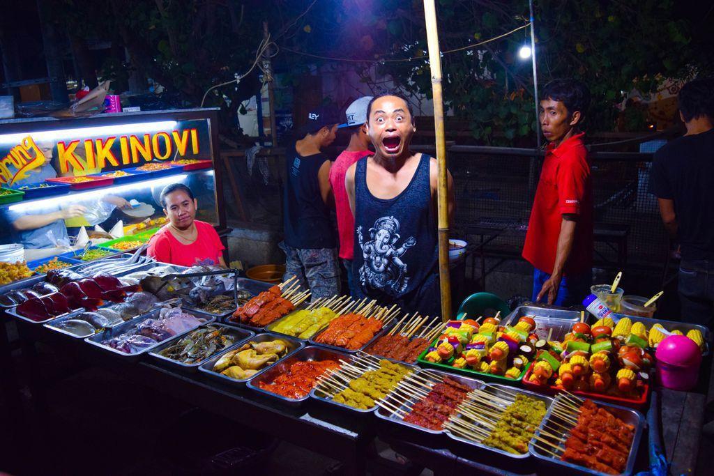 Gili Trawangan Night Market - Things to do on Gili Trawangan