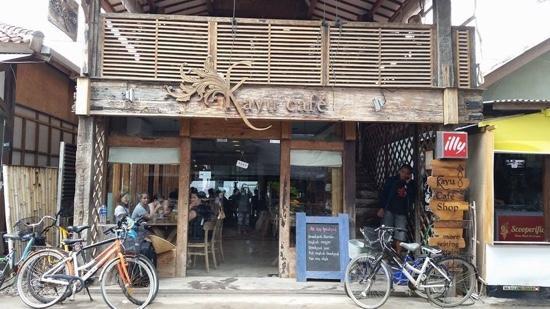 kayu-cafe-front-main