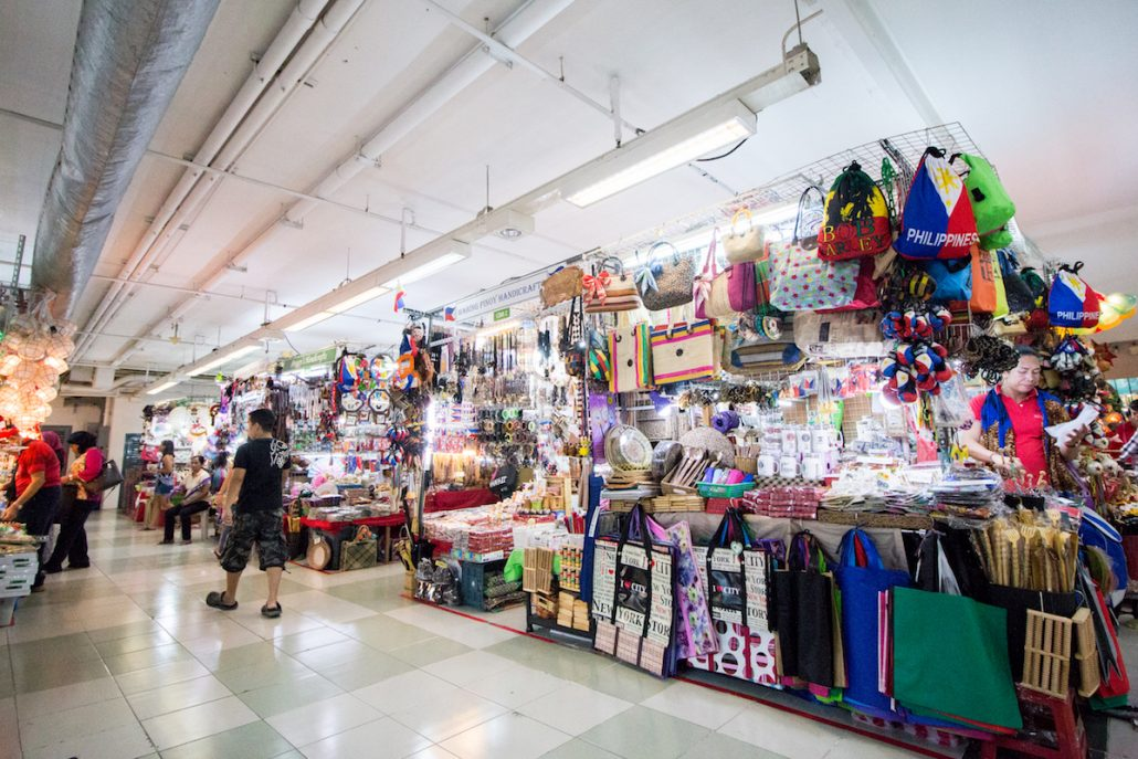 3 days in manila the perfect travel itinerary for the philippines a complete backpacking wardrobe overhaul may be done here for less than how much it would cost you at a mall keep in mind that the items they sell are solutioingenieria Choice Image