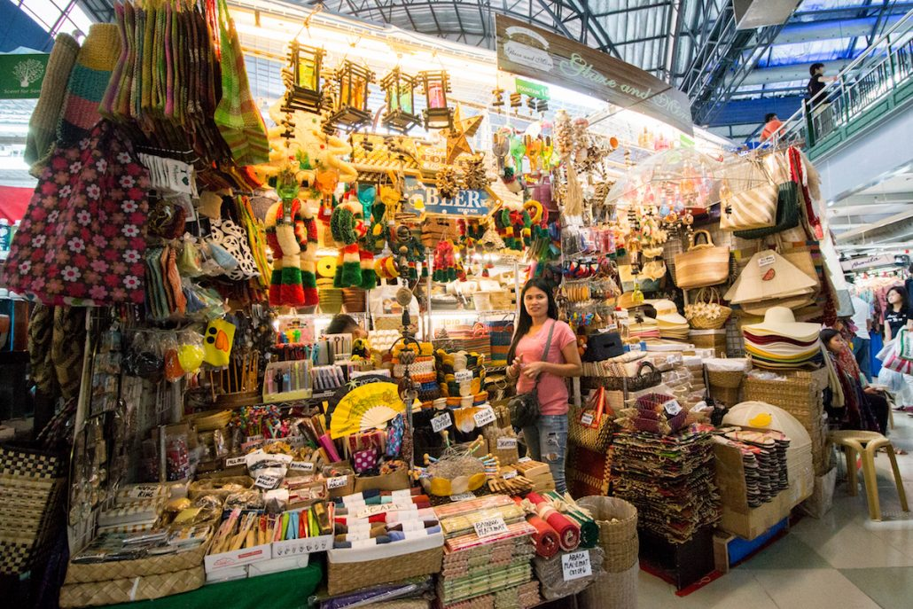 3 days in manila the perfect travel itinerary for the philippines sells everything from clothes to souvenirs as well as mobile phones and accessories the market area only accepts cash however but you can haggle solutioingenieria Image collections