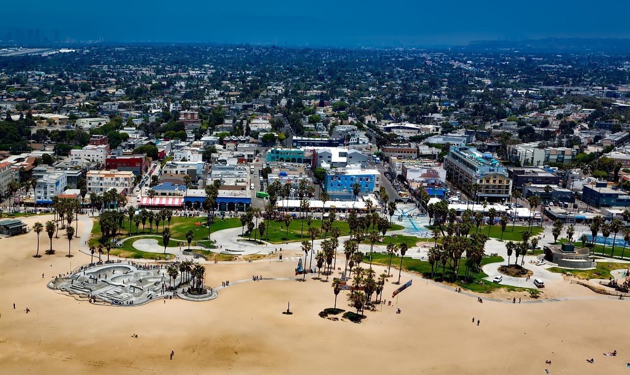 Samesun Beach Hostel - LA Hostels