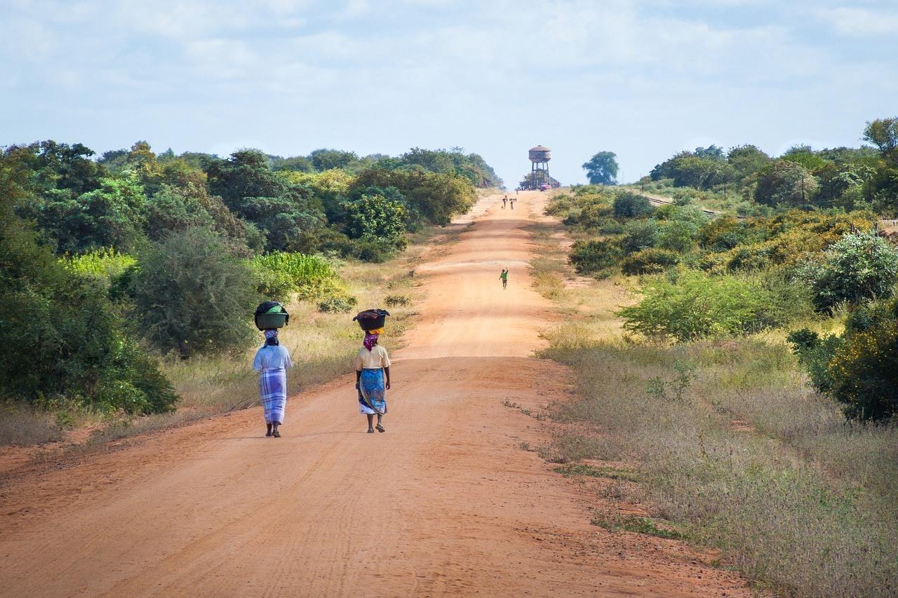 African Women - Mozambique, Safe Destinations in Africa 2019