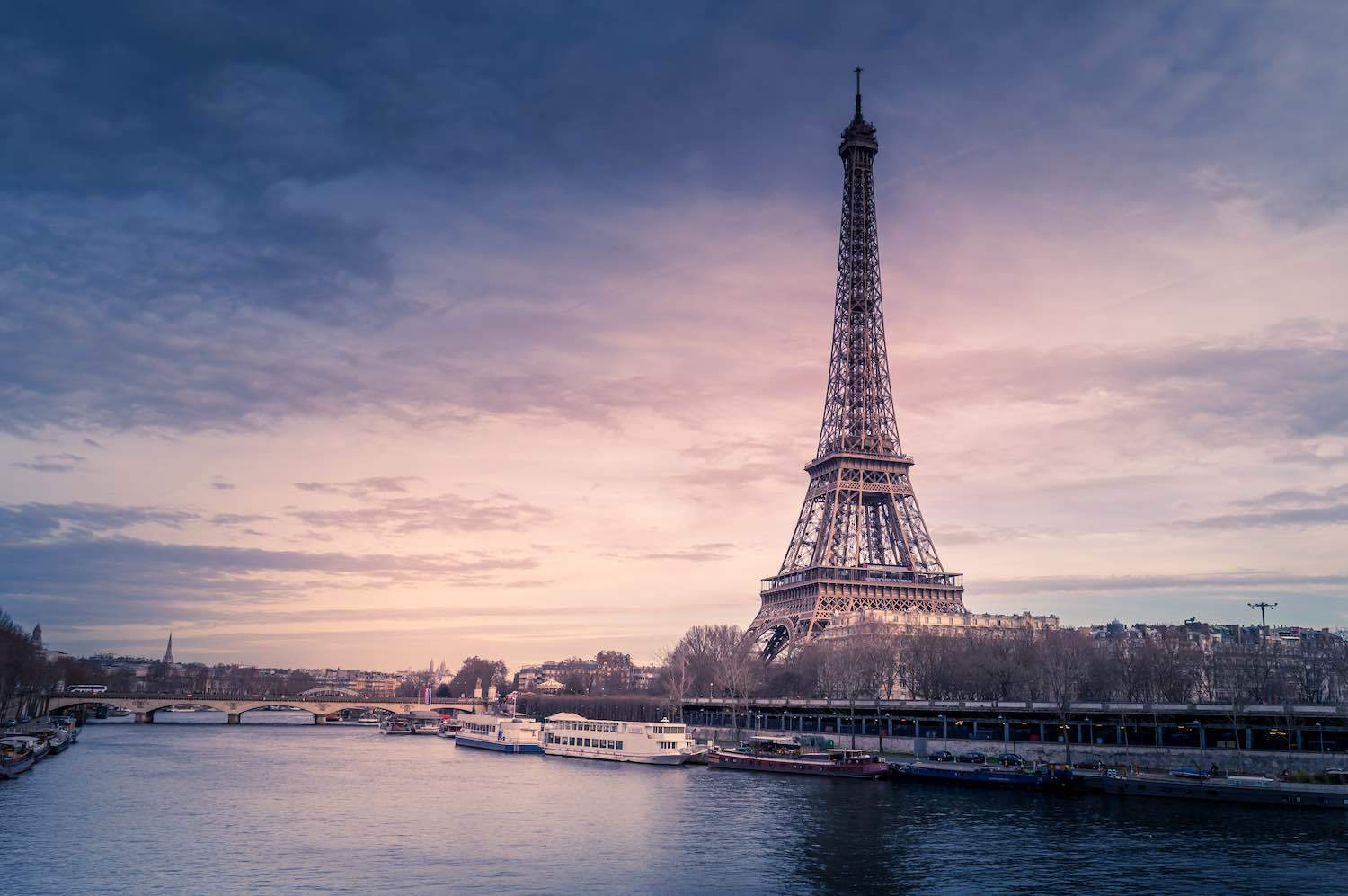 2 Days in Paris Itinerary - Travel Tips