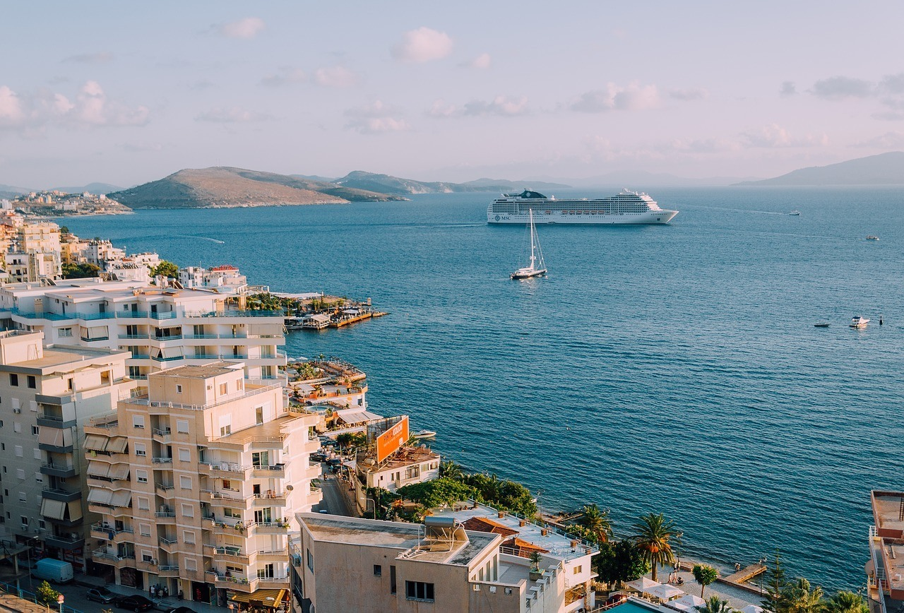 Best Ways to Sneak Alcohol on a Cruise