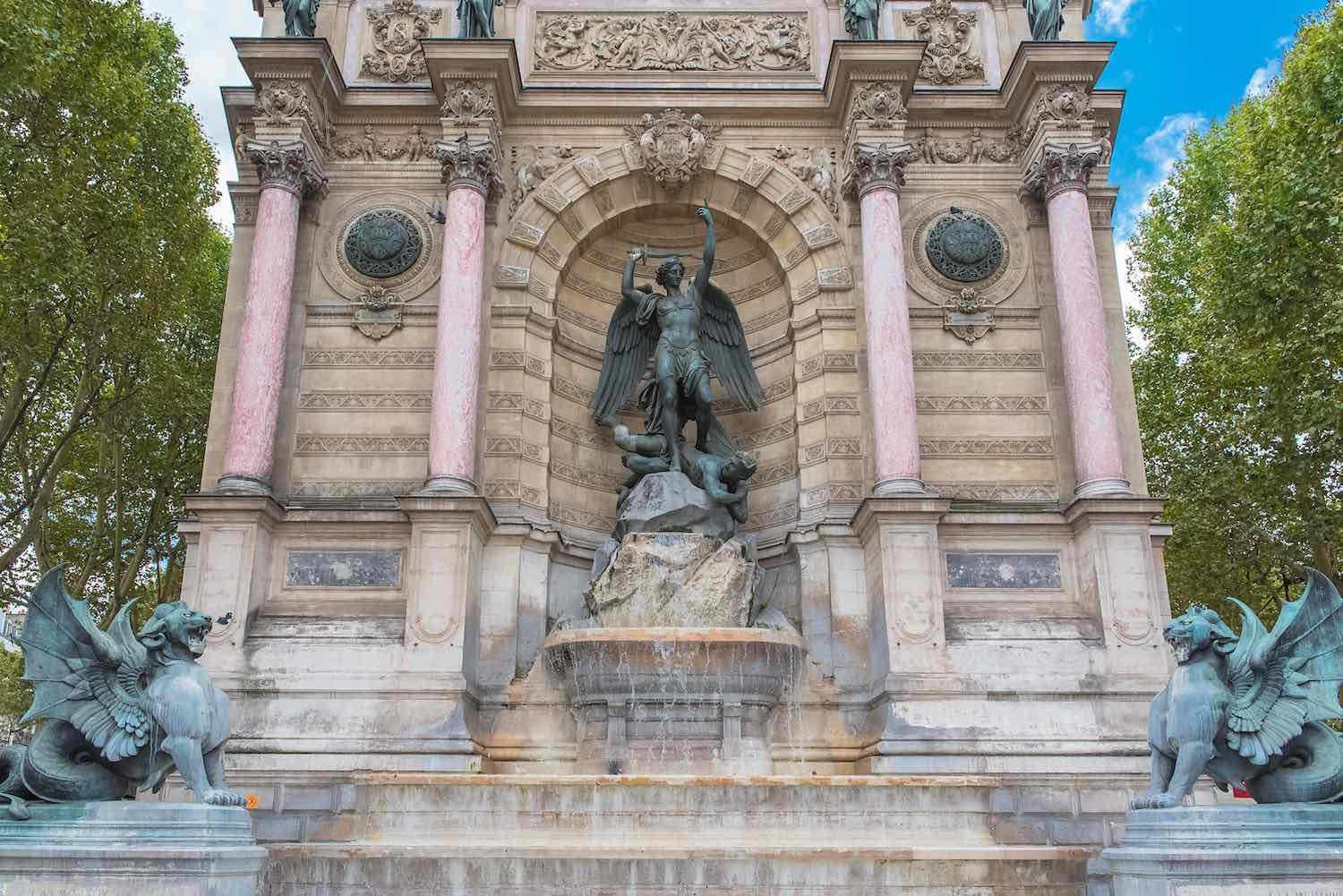 Fontaine Saint Michel - Paris Must Do in Two Days