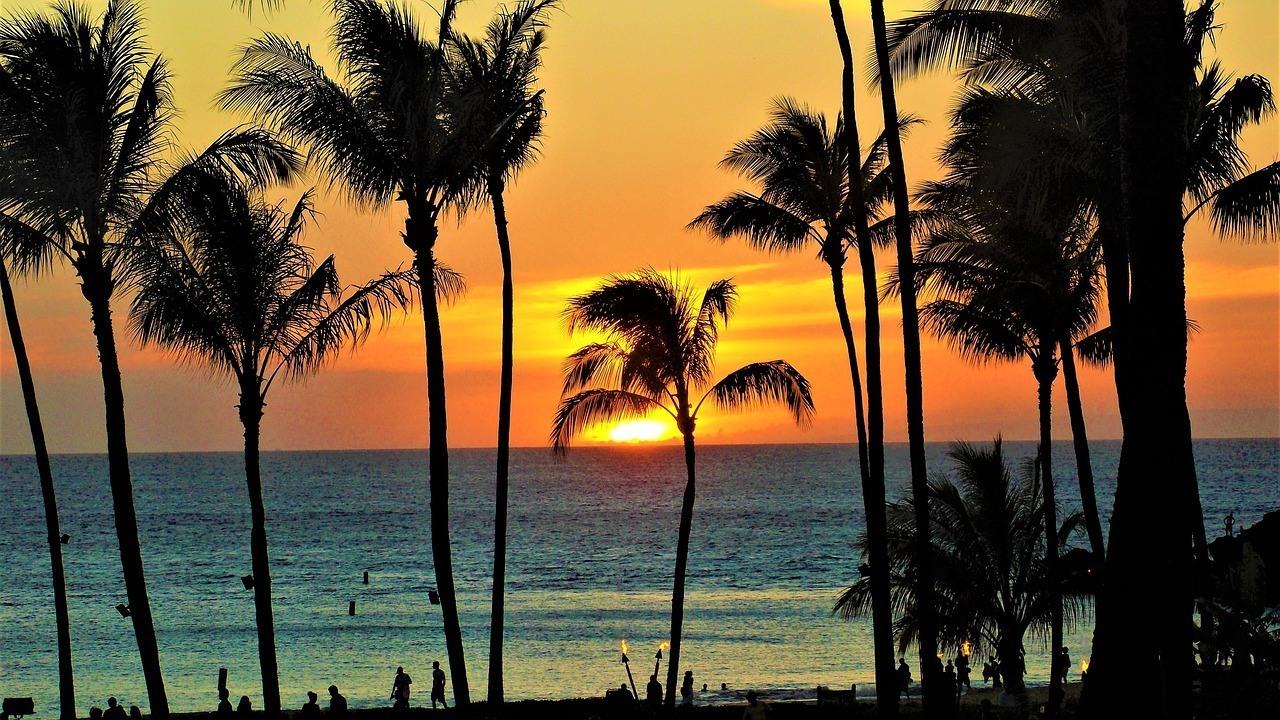 Hawaii sunset - Maui Itinerary
