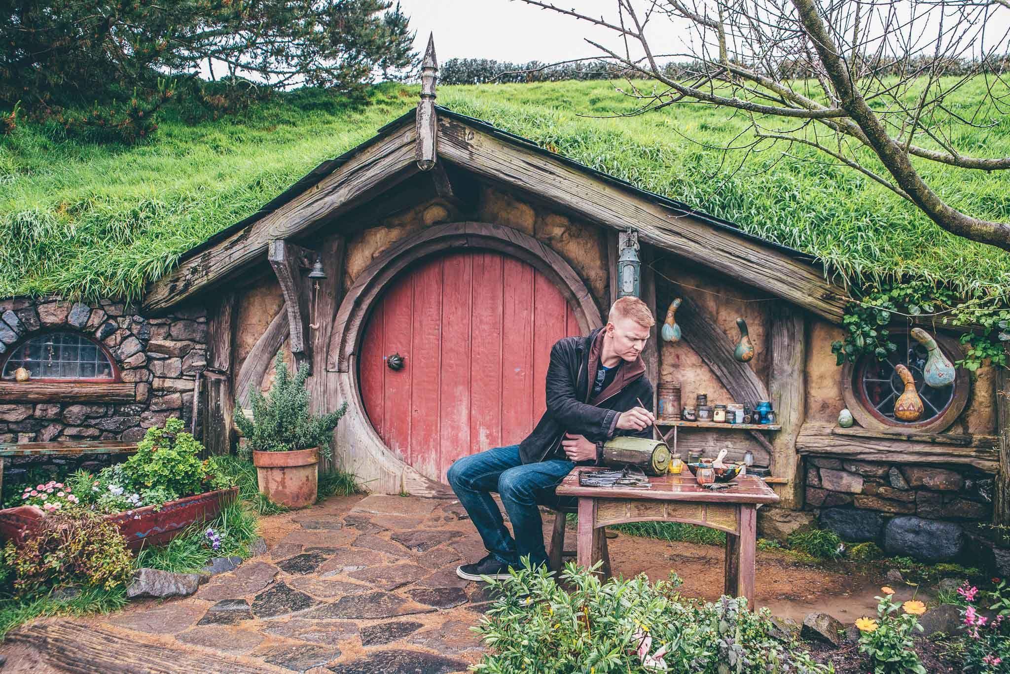 Hobbiton Movie Set - New Zealand Things to Do