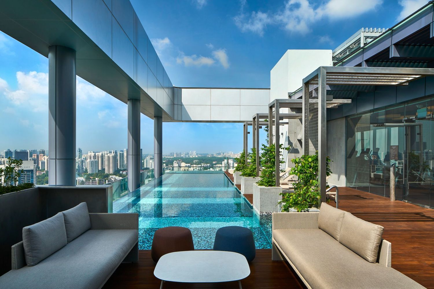Marriot Singapore Novena Infinity Pool Rooftop