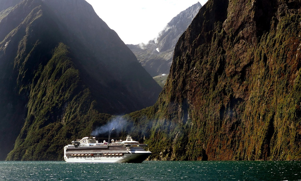 Milford Sound - Best places to visit South Island new Zealand
