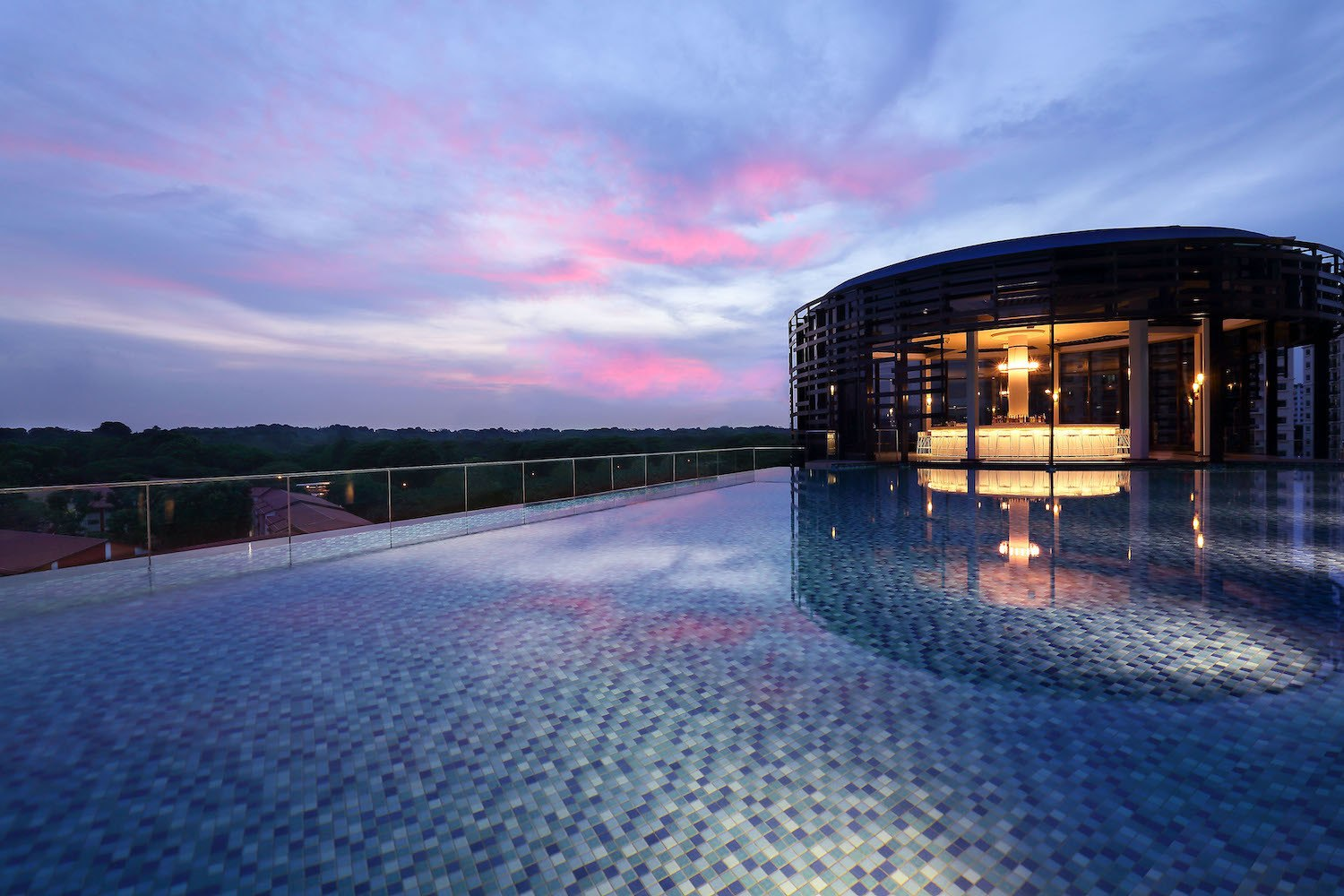 Park Hotel Alexandra Infinity Pool in Singapore