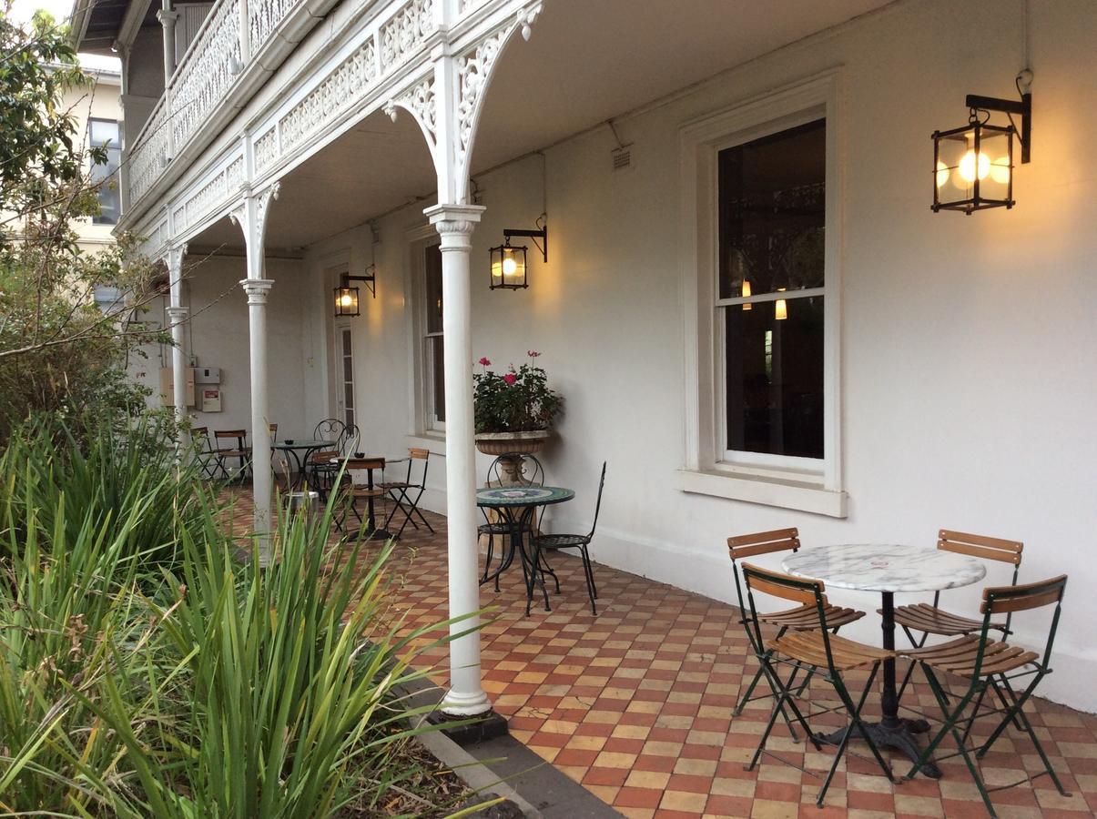 Richmond Hill Hotel - Best Hostels in Melbourne