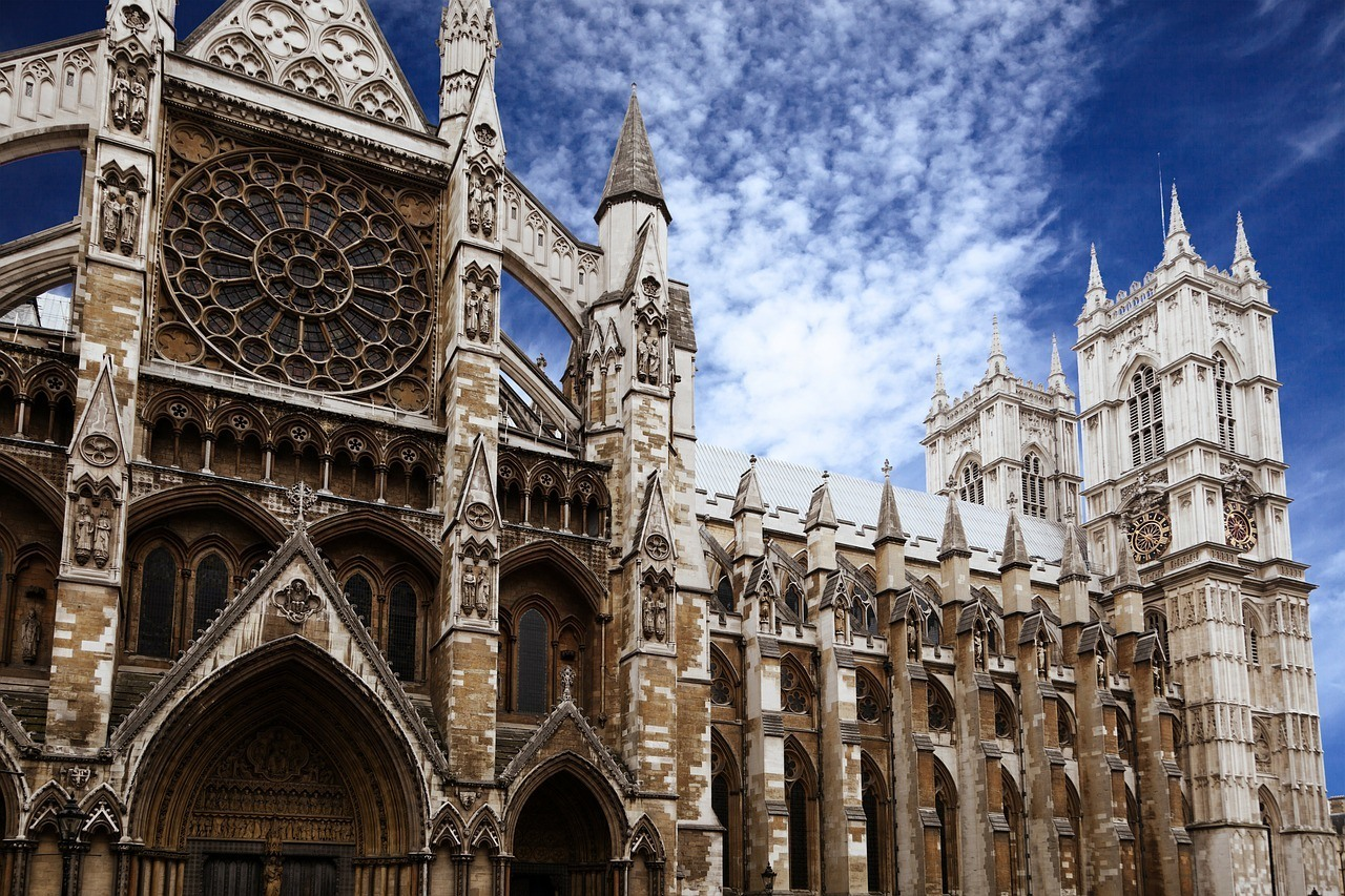 Westminster Abbey - Best Places to Visit in London in 2 Days