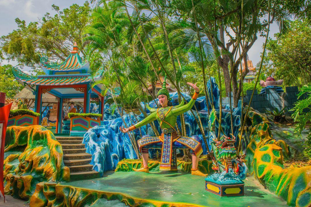HAR PAW KAW VILLA - Singapore Itinerary