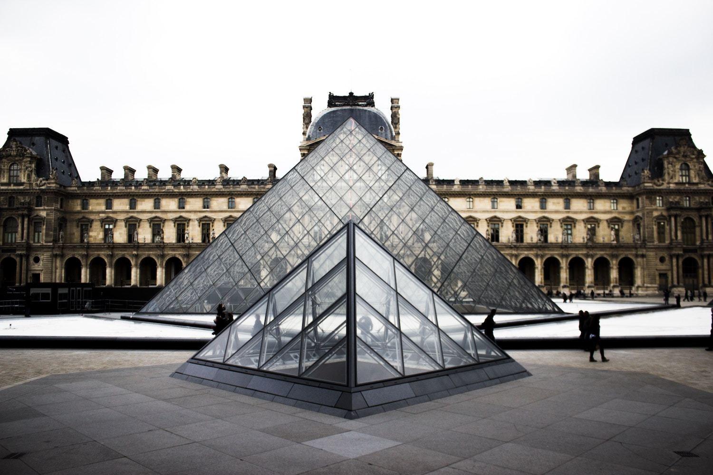 Louvre Paris Facts