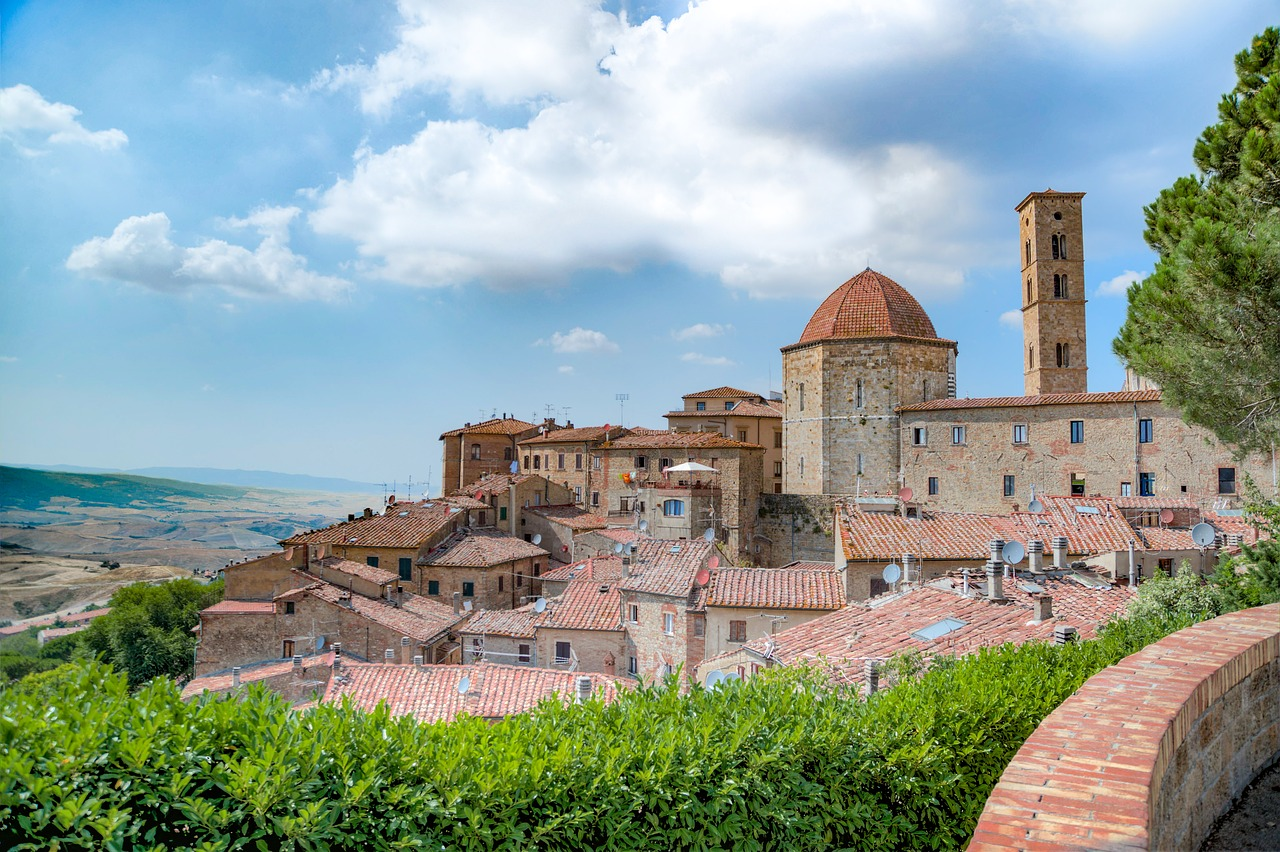 Volterra - Where To Stay in Tuscany