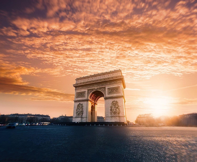Arc de Triomphe - Best Paris itinerary 4 Days