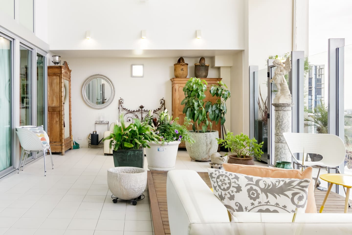 Group Adelaide Airbnb