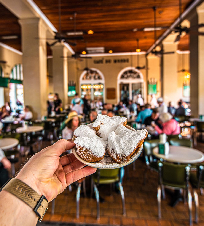 Cafe du Monde - 2 Days in New Orleans