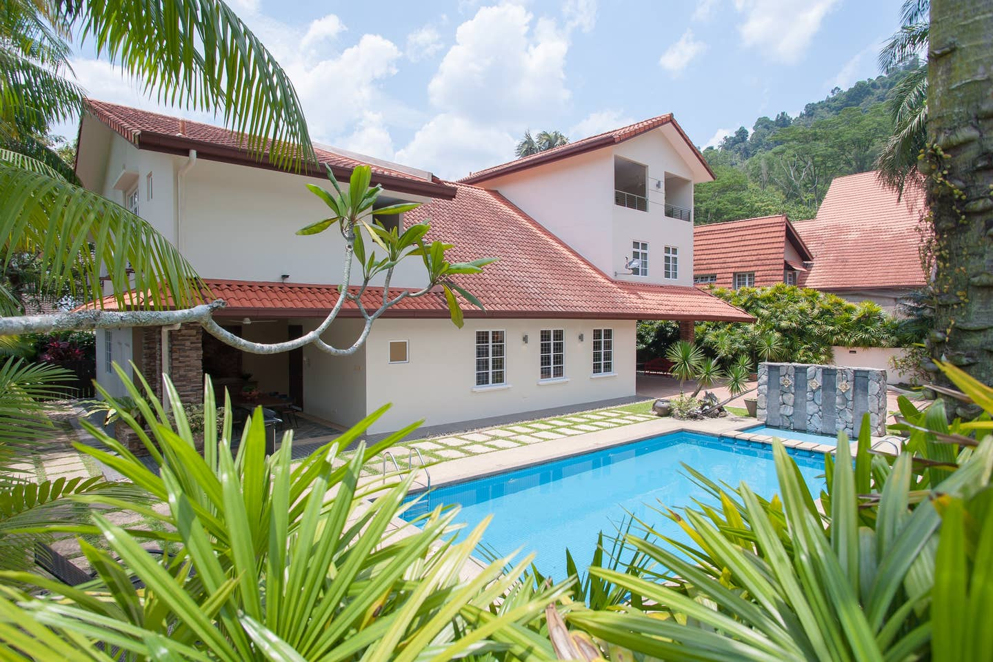 Best Kuala Lumpur Airbnb for Groups