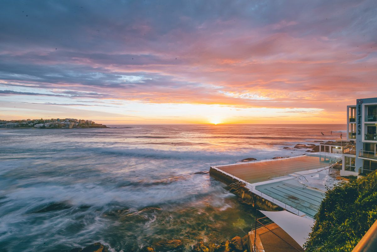 Bondi Beach Sunrise - Sydney Facts