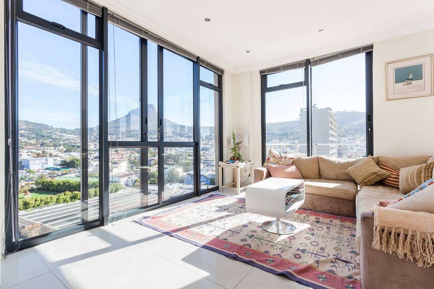 Luxury Airbnbs in Cape Town
