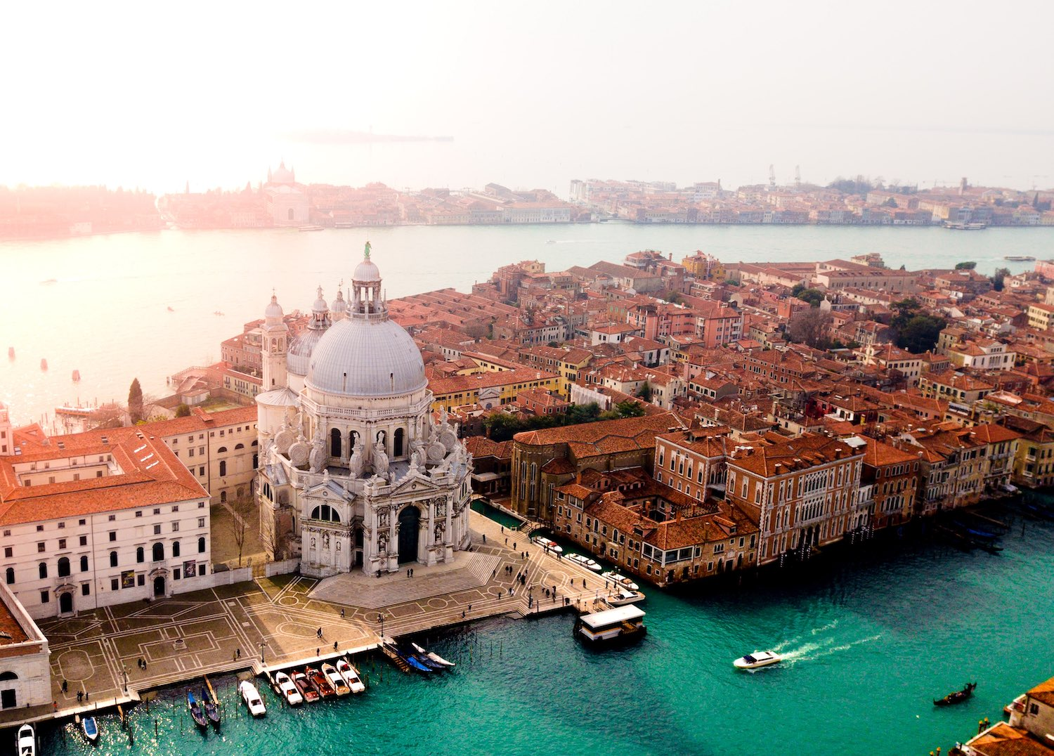 Best Airbnb's in Venice, Italy