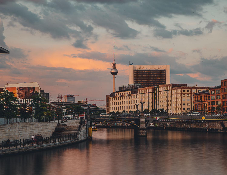 Cheap Airbnb Berlin City 2020