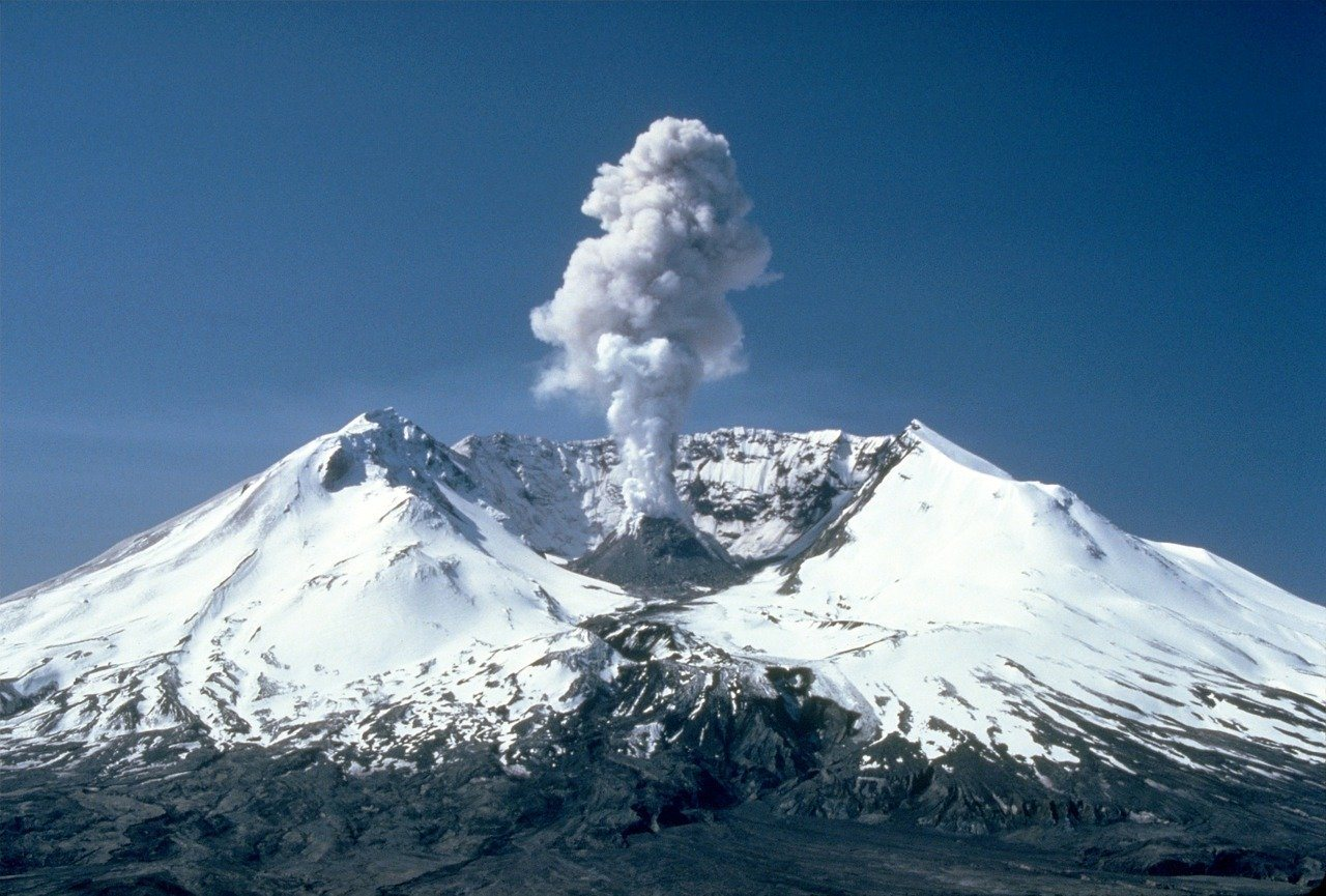 Mount St. Helens - Day Trips from Portland