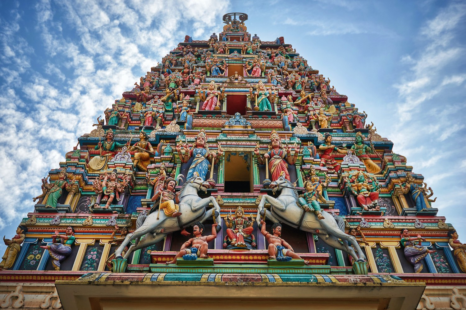 Sri Mahamariamman Temple - Places to VIsit in Kuala Lumpur in 48 Hours