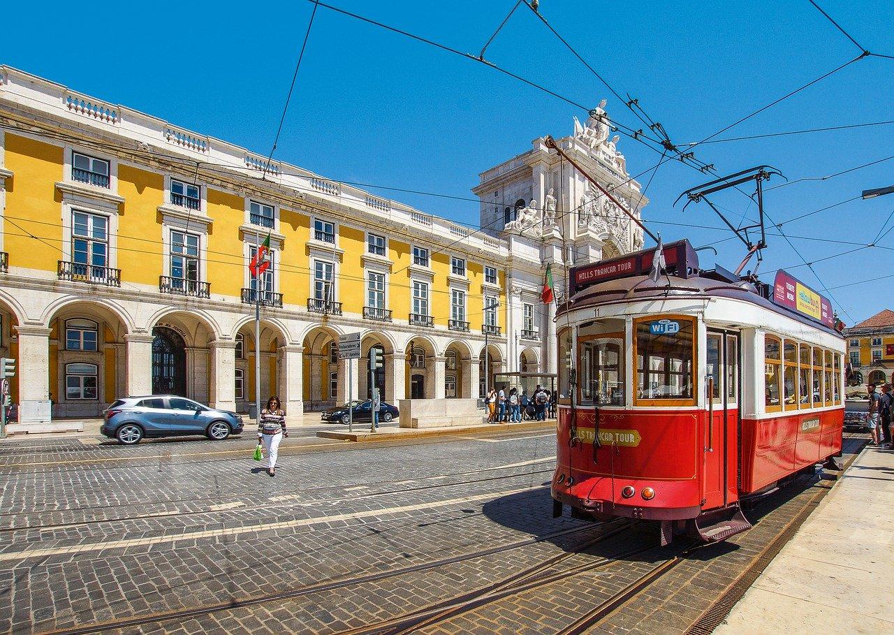 Studio Apartment Airbnb in Lisbon