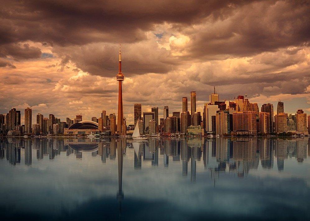 Toronto Airbnbs