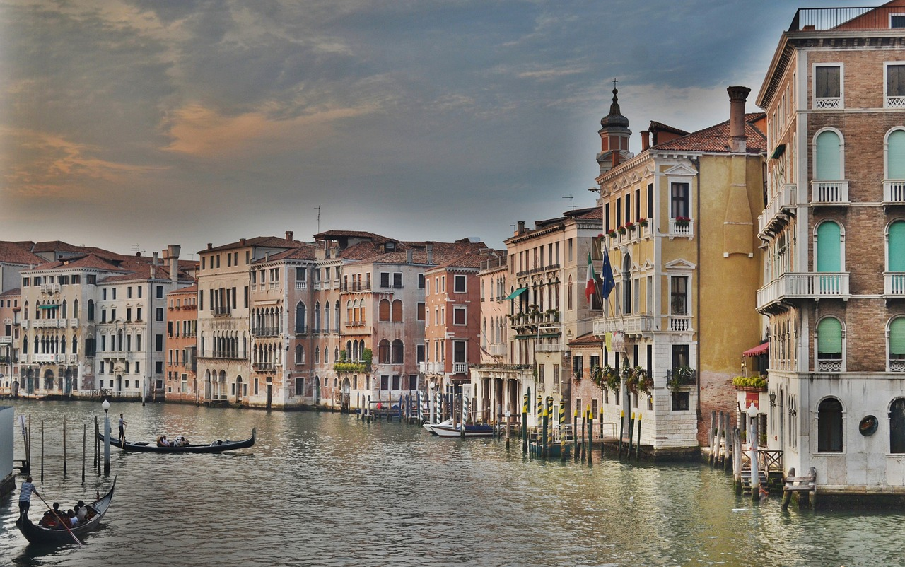 Where to stay in Venice - Best Airbnbs