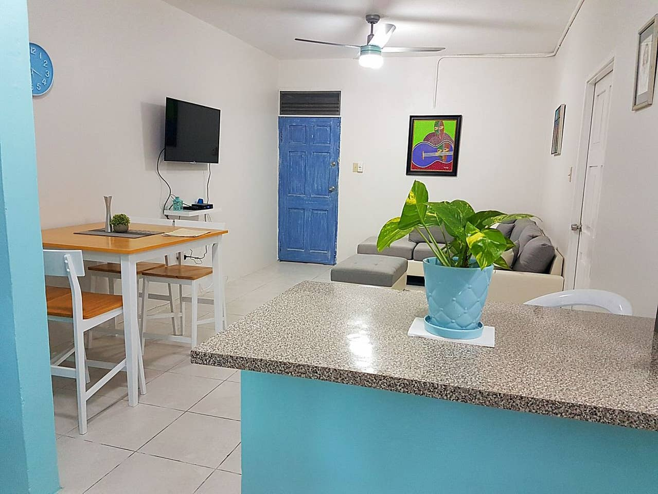 2 Bedroom Airbnb Jamaica