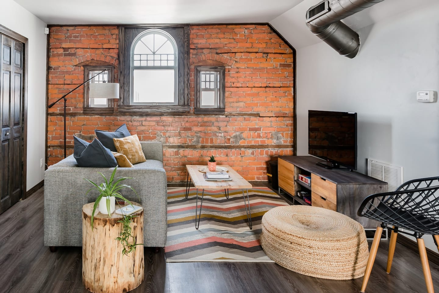 Airbnb in Detroit with Private Rooftop Terrace