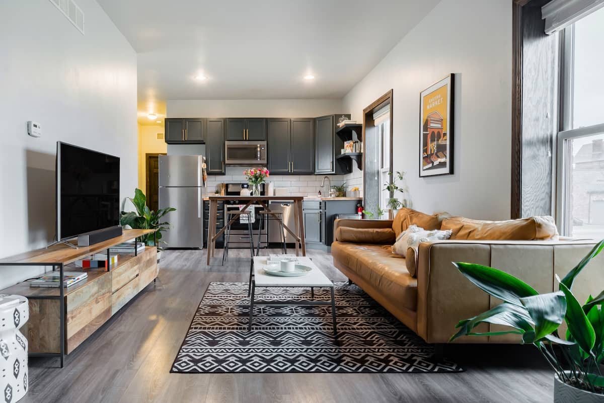 Best Airbnb Detroit For Solo Travelers