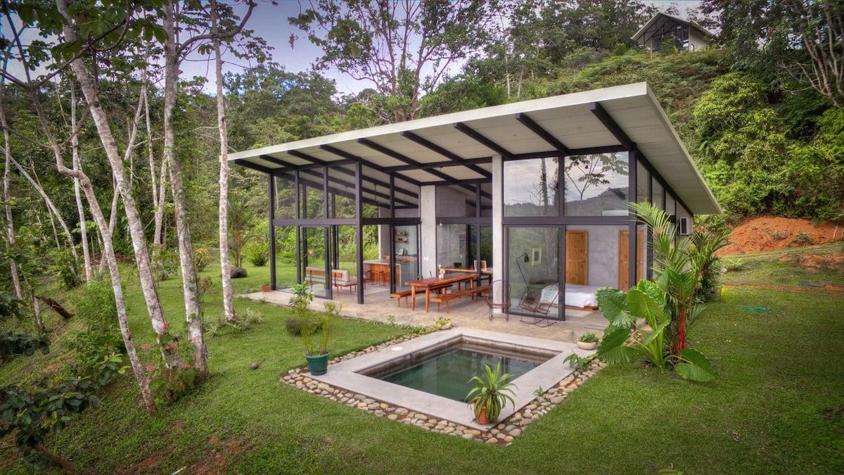 Casa Luz Airbnb in Costa Ricav