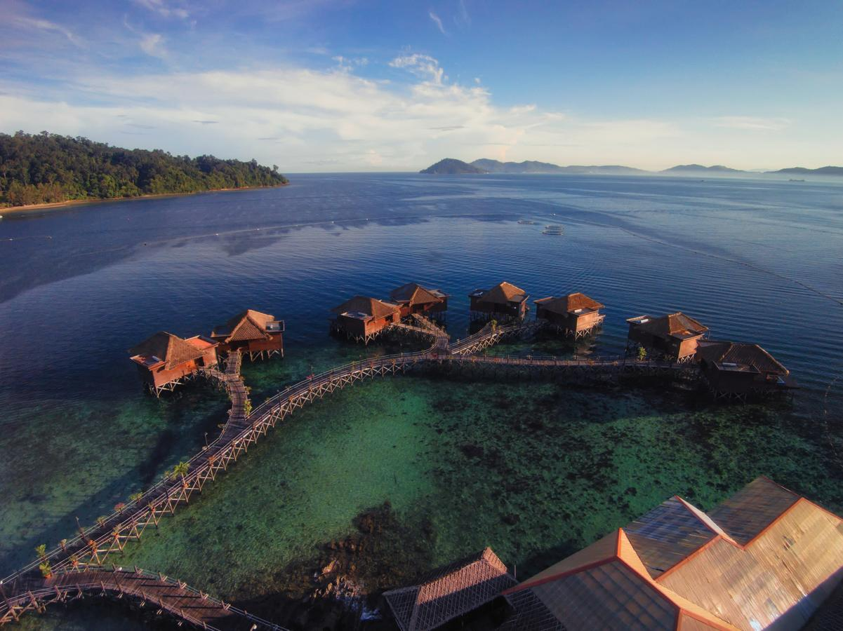 Gayana Marine Resort - Luxury Water Villas in Malaysia
