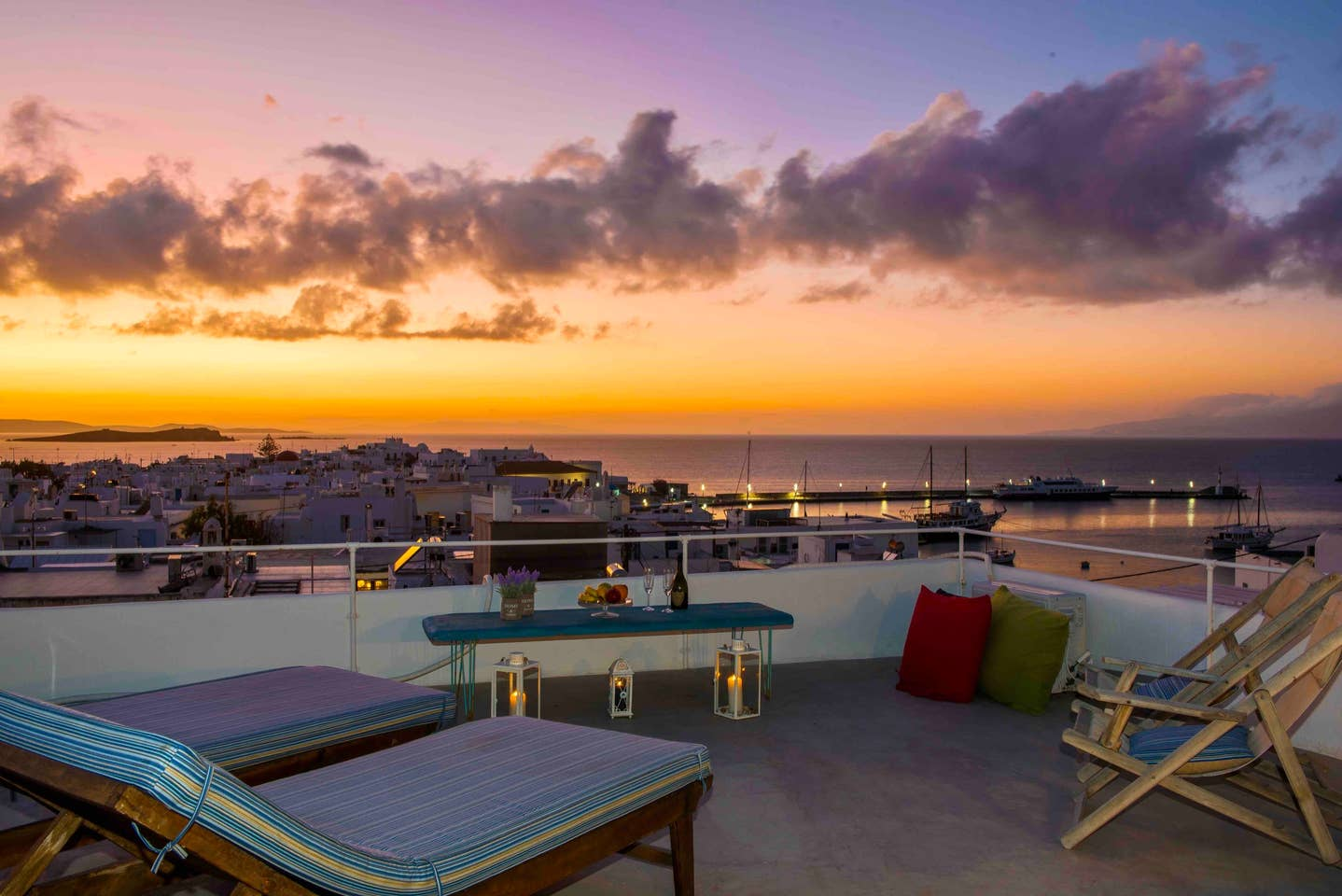 Mykonos Airbnb with Rooftop Sunset